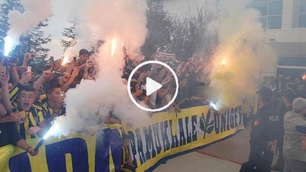 'Fenerbahçe kafilesine Denizli'de coşkulu karşılama