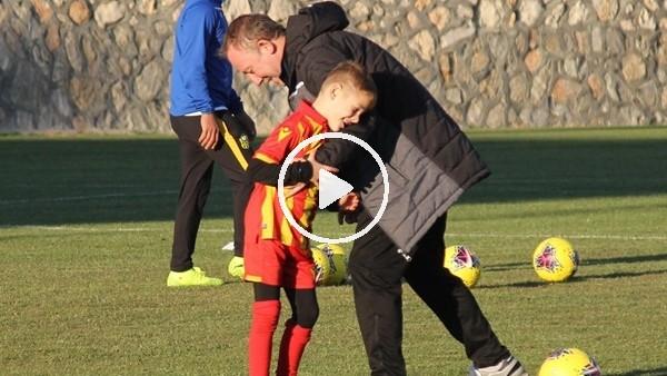 'Adis  Jahovic, antrenmana oğluyla birlikte katıldı