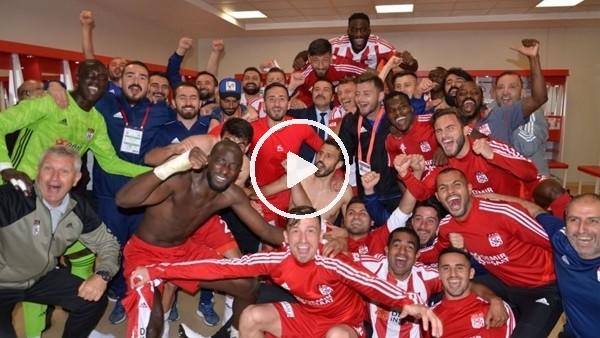 'Sivasspor soyunma odasında liderlik sevinci