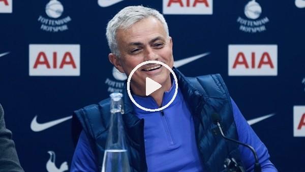 """'Jose Mourinho, ilk basın toplantısında kırdı geçirdi: """"Chelsea'dan kovulmadan öne demiştim"""""""