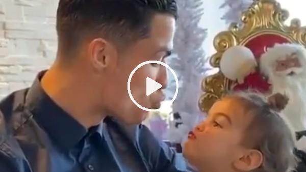 Cristaino Ronaldo ve minik kızı