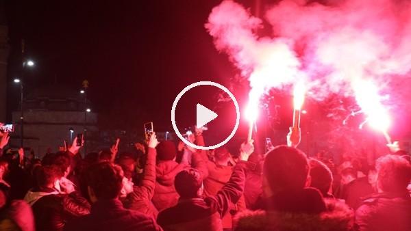 'Galatasaray'ın Kadıköy'den ayrılış anı