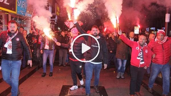 'Sivassporlu taraftarlardan hakemlere yürüyüşlü tepki