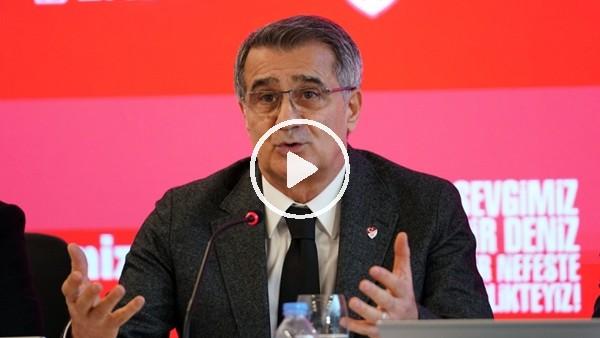 Şenol Güneş, DenizBank Genel Müdürü Hakan Ateş'e kahkaha attırdı