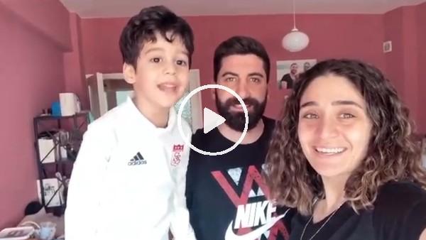 'Sivasspor kalecisi Muammer Yıldırım ve eşi Dila Yıldırım'dan 'Evde Kal' çağrısı