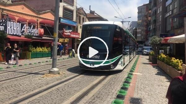 Kocaelispor'un renkleri tramvay ve yollara taşındı