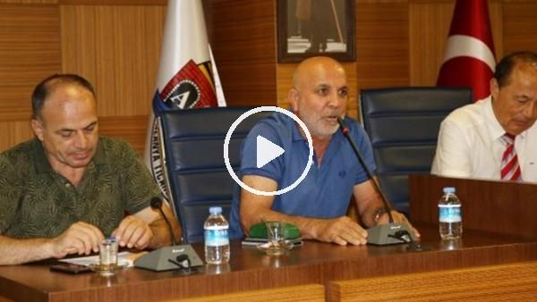 """'Hasan Çavuşoğlu: """"Beşiktaş, N'Sakala transferi için özür diledi"""""""