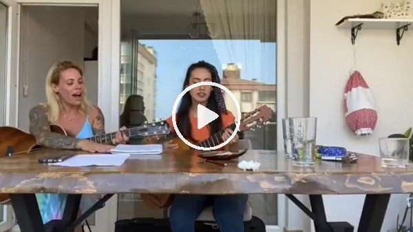 Sosa'nın eşi Carolina Alurralde'den 'İki keklik' türküsü
