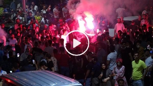 'Trabzonspor taraftarı Galatasaray galibiyetini kutladı