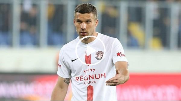 """'Podolski:  """"Türkiye benim 2. evim. Ailem burada çok mutlu"""""""