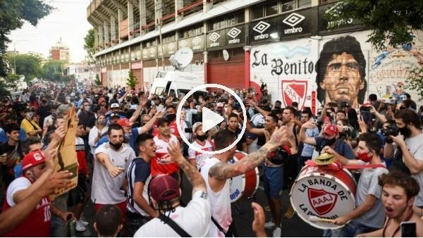 'Futbolun efsane ismi Maradona son yolculuğuna uğurlandı