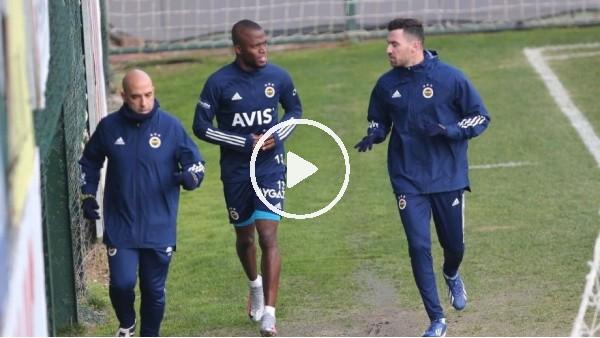 'Fenerbahçe'de Valencia ve Sinan Gümüş çalışmalara başladı