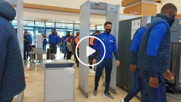 'Trabzonspor kafilesi Karagümrük maçı için İstanbul'a gitti