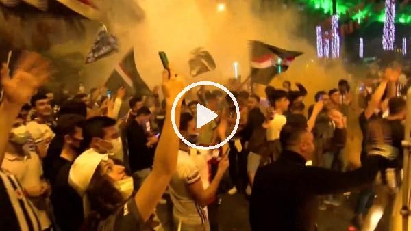 'Beşiktaş taraftarı şampiyonluğu kutluyor