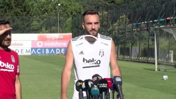 'Kenan Karaman basın mensuplarının sorularını yanıtladı | Beşiktaş'ta yeni sezon hazırlıkları